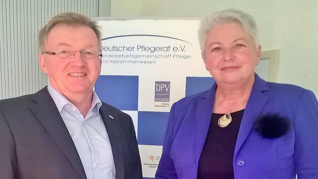 Unternehmensberatung Eva-Maria Popp mit Andreas Westerfellhaus, Deutscher Pflegerat e.V.